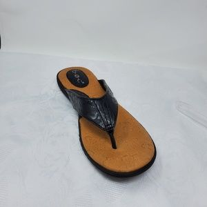 b.o.c One Single left amputee Flip Flop sandals